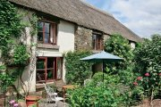 Warmhill Farmhouse Cottage, Hennock, Dartmoor National Park